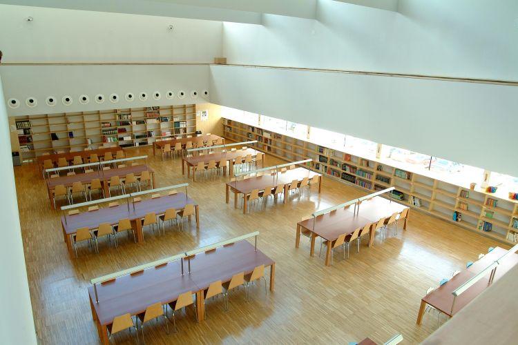 Estanterias y muebles de biblioteca sellex for Centro reto oviedo muebles