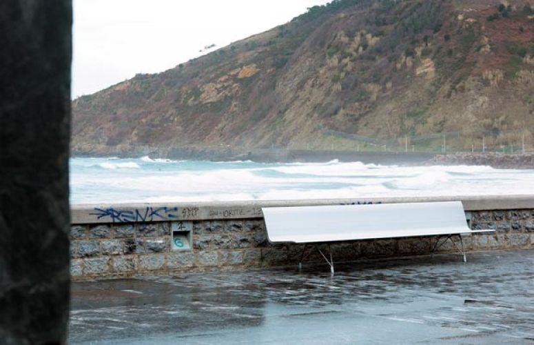 AERO aluminium bench