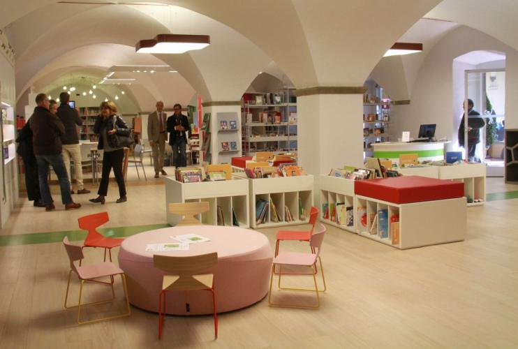 Bibliothèque d'Oblate, Florence (Italie). Programme JAKIN