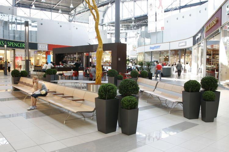 IKEA,  Shopping Center in Bratislava (Slowakei)