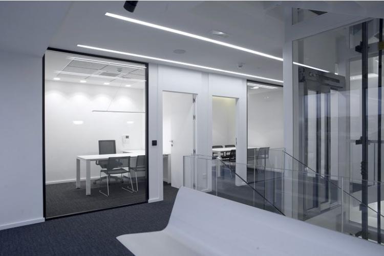 Mobiliario para zonas de espera de oficina sellex for Oficinas iberdrola madrid