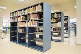 Civic Centre Library, El Gorg (Spain). JAKIN shelving system.