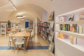 Oblate's Library, Florence (Italy). JAKIN, LORCA, H AMMOK
