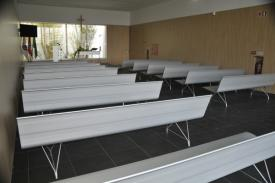 Funerary center of Cascais (Portugal). AERO bench aluminium.