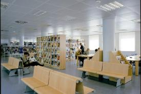 State's Public Libray, Zamora (Spain). JAKIN shelving-units and VACANTE Bench