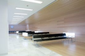 Hospital in Albacete (Spain). AERO aluminium bench.
