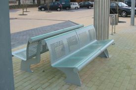 Square place in Moita (Portugal). VACANTE bench.