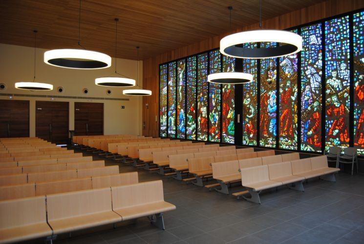 Bancs VACANTE  dans l'Eglise de Santa Clara