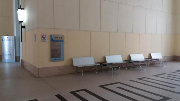 AERO Benches in lounge areas of Hospitals
