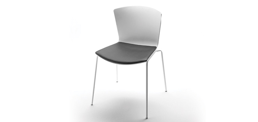 SLAM Upholstered stackable chairs