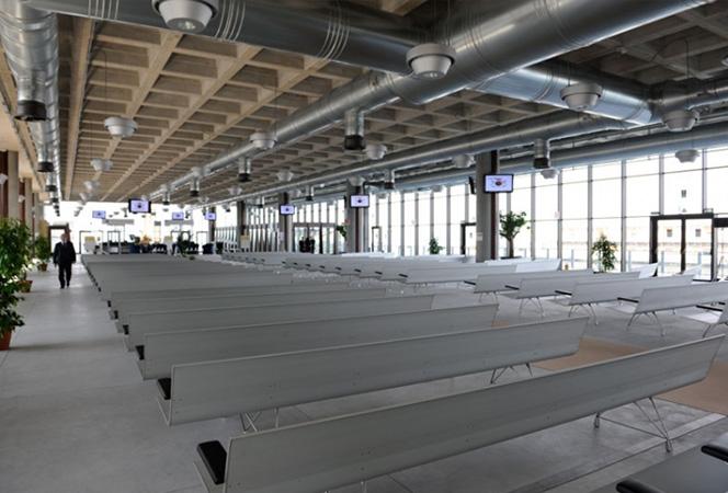 Passenger Terminal of Venice, AERO Bench