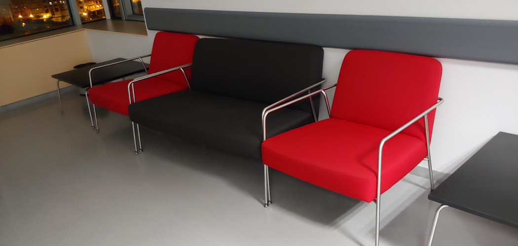 HUCA Hospital in Oviedo (Spain). SUMA Modular Seating, VALERI Low Seating, IRINA Chair and EKER Tabl